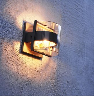 Delta Mini wall lamp